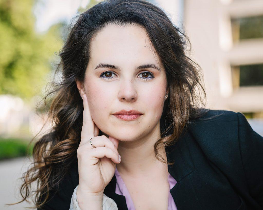 Headshot Portrait | Kellyn Wilson Photography LLC